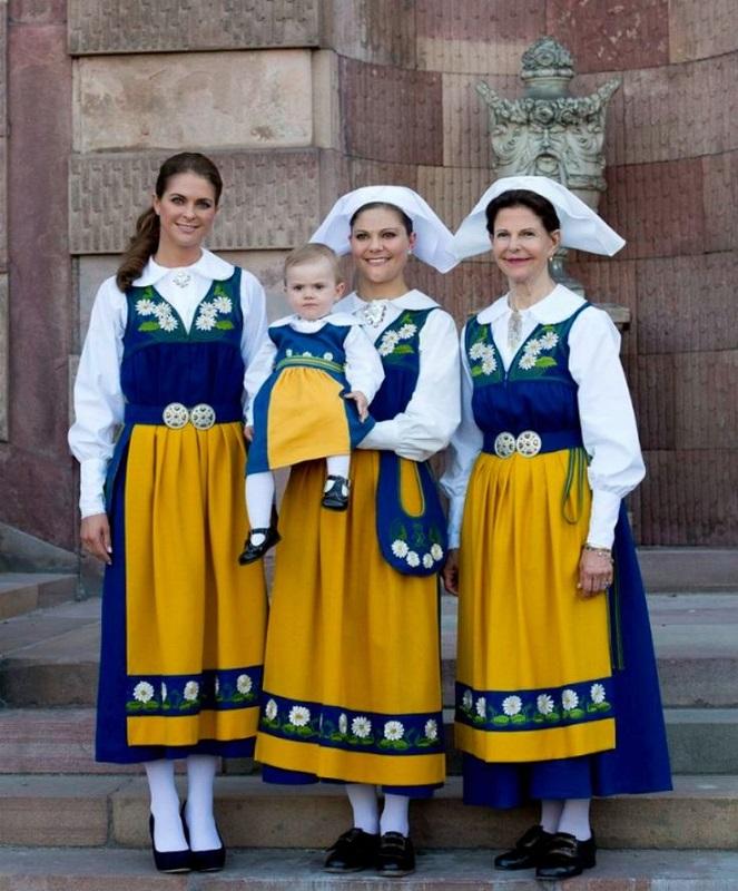 swedish-dress